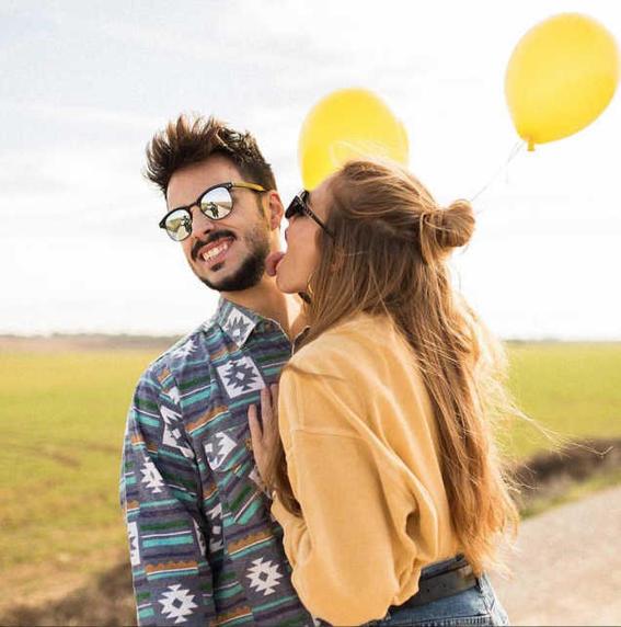 beso divertido evita que te enamores de alguien