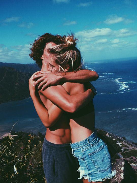encontrar el amor viajando uno