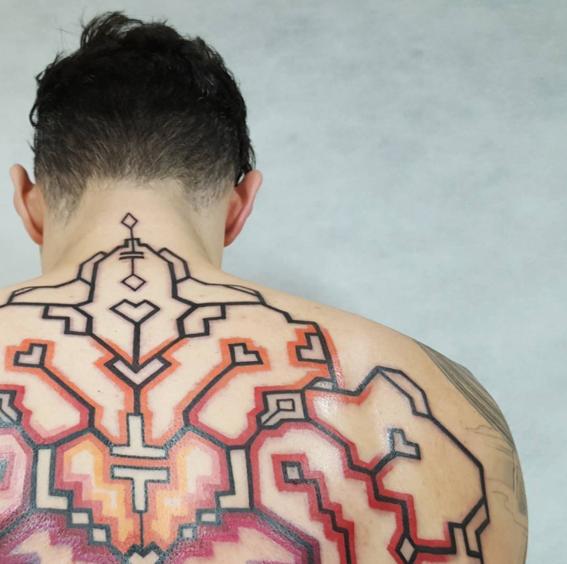 espalda tatuajes inspirados en chamanes
