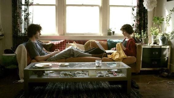 estas en la mejor relacion de tu vida pareja en sillon