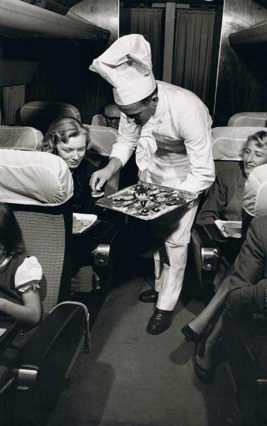 formas en las que viajan los millonarios caviar-w636-h600