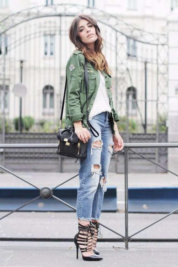 gastados vestido verde como combinar tacones y pantalones