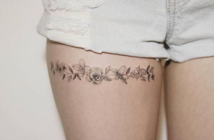 liga pequenos tatuajes de rosas