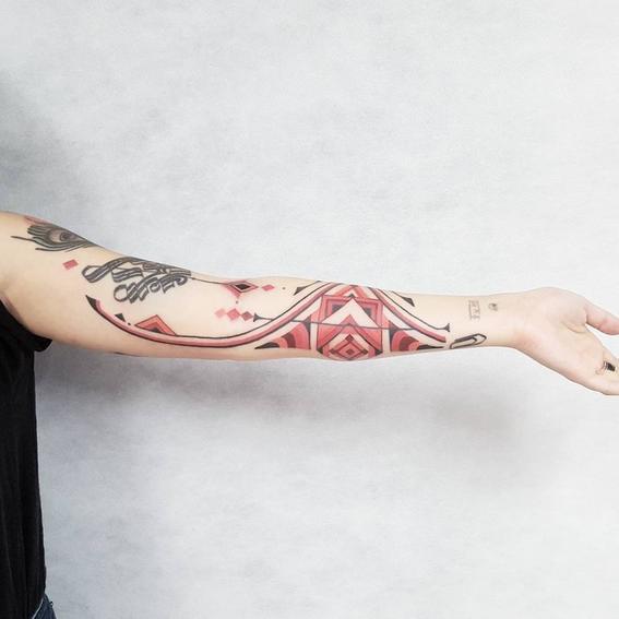 rojo tatuajes inspirados en chamanes