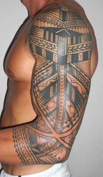 tatuajes maori negro-