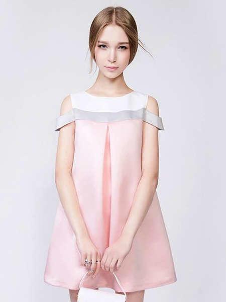 tendencia moda 2000 pink
