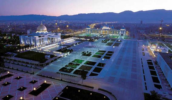 viajar a turkmenistan centro noche -w636-h600