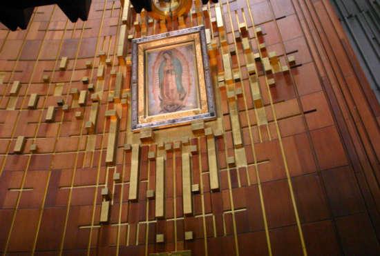 virgen de guadalupe invento espanol santisima