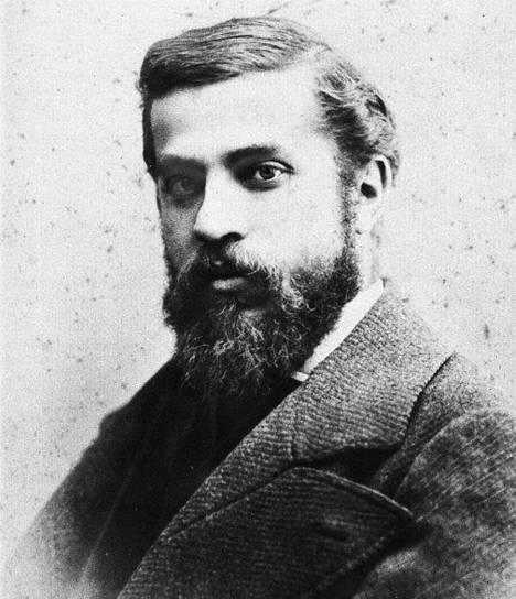 Antoni Gaudi modernist architect young-w636-h600