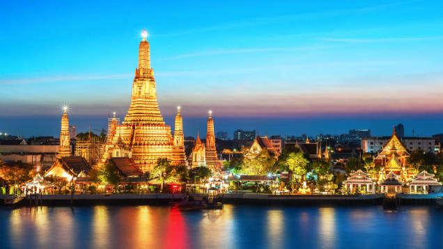 Backpacking Thailand bangkok-w636-h600