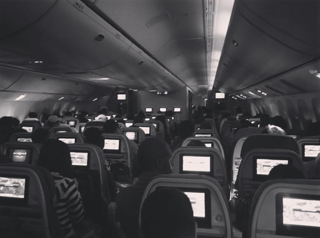 alguien muere en el vuelo en el que viajas