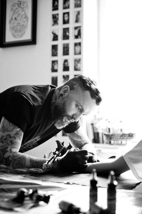 artista tatuajes caros o baratos