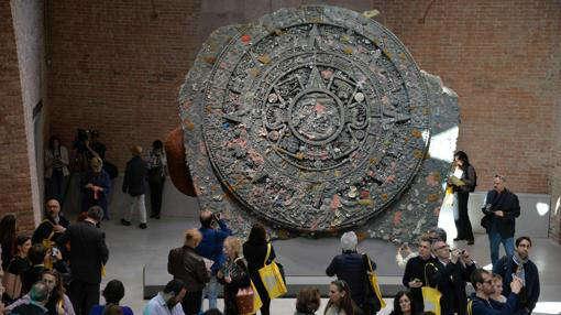 aztec calendar plagiarism stone-w636-h600