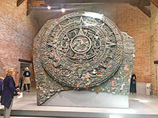 aztec calendar plagiarism sun-w636-h600