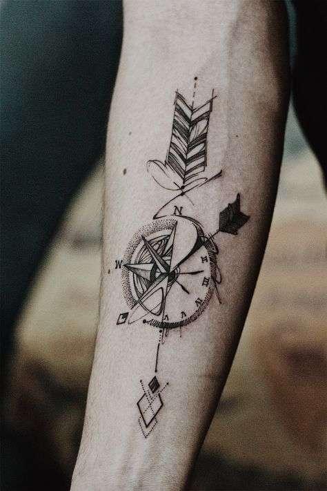 brujula-tatuajes-de-hombre