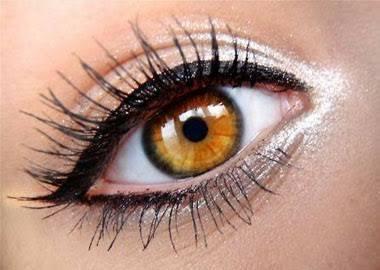 como delinearte los ojos griego