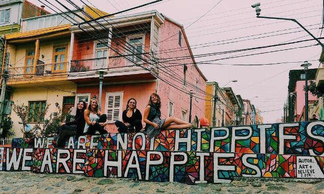 estudiar en el extranjero hippies-w636-h600
