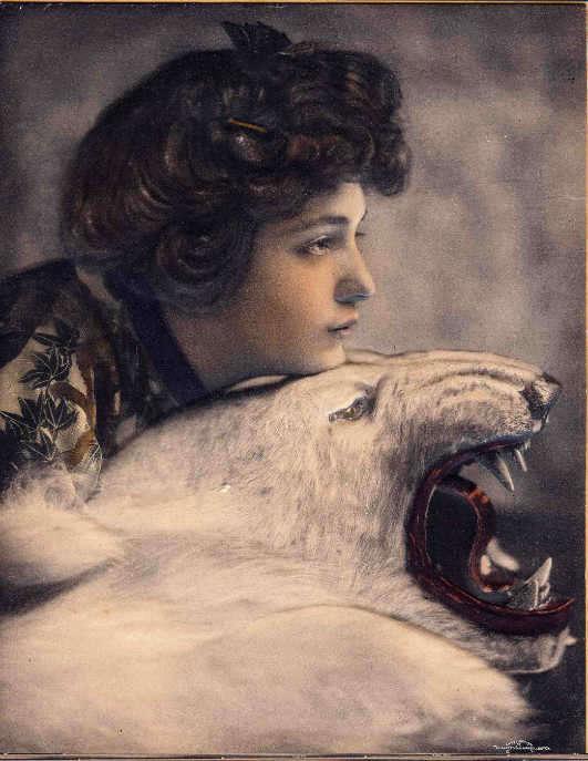 evelyn nesbit stanford white murder bear-w696-h687