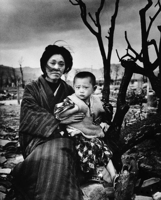 hiroshima despues de la bomba atomica madre e hijo