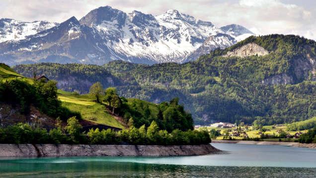lugares a los que debes viajar en tu vida zurich-w636-h600