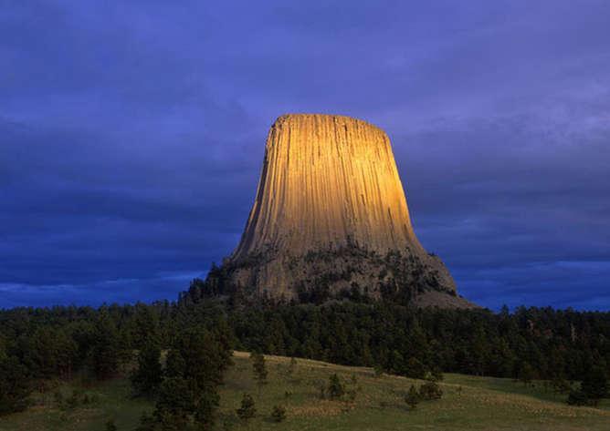 lugares mas surrealistas del mundo torre del diablo