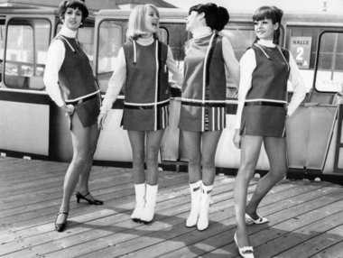 outfits chica retro mini