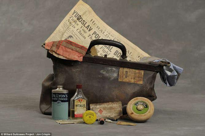 vida de un enfermo mental a través de sus objetos íntimos maleta-h600