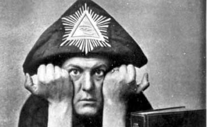 Aleister Crowley satanico