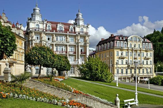 checa