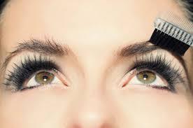 como tener cejas perfectas peinar