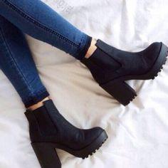 cuantos pares de zapatos necesito botines