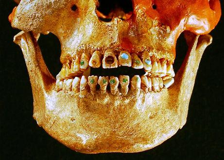 dientes mayas