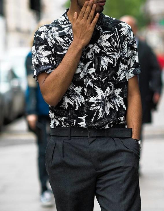 negro camisa hawaina