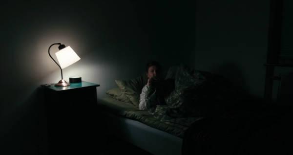 nightmarish horror short films lights out-w600-h600