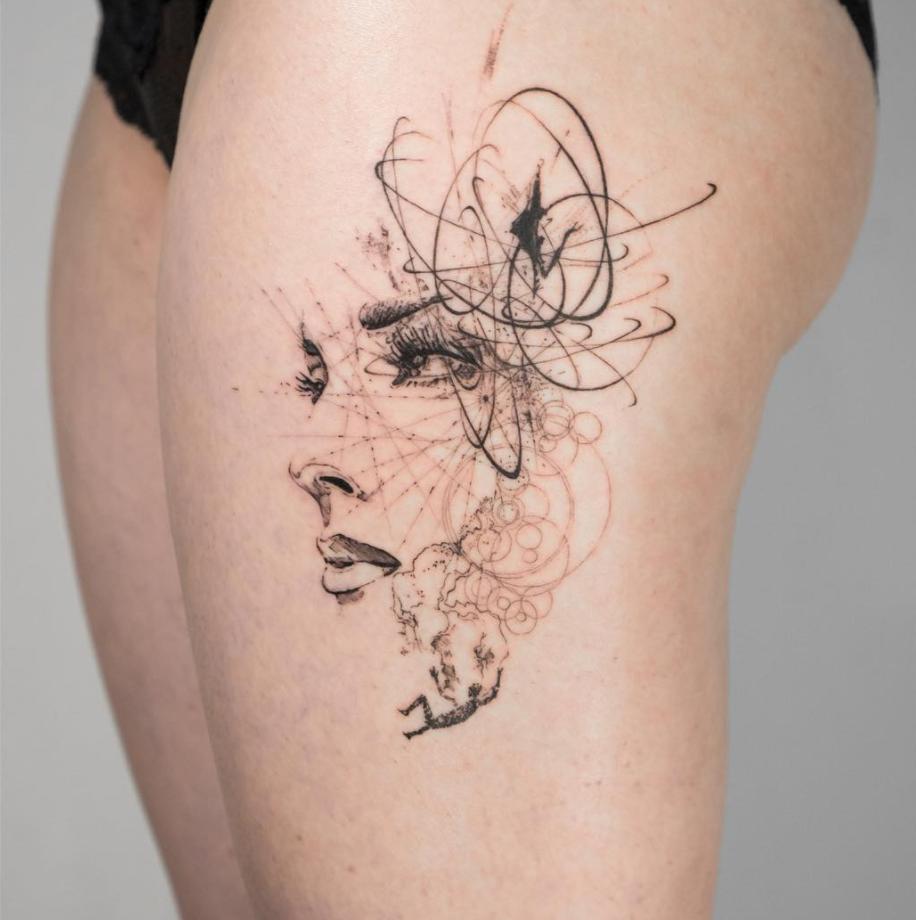 tatuajes abstractos. piernas