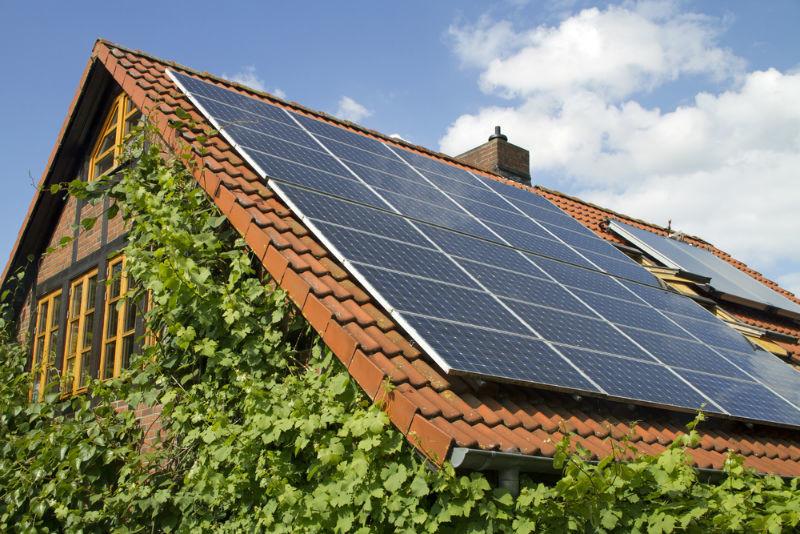¿Por qué si la energía solar es la mejor opción no la estamos utilizando? 4