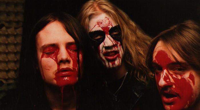 La banda de metal que provocó el suicidio de su vocalista para ser leyenda 5