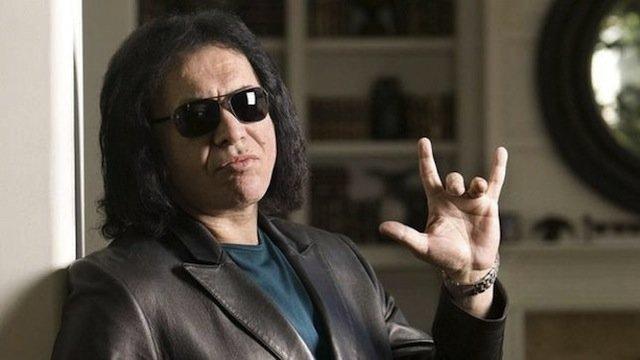 Gene Simmons:  el demonio con la lengua más grande y sucia del rock 2