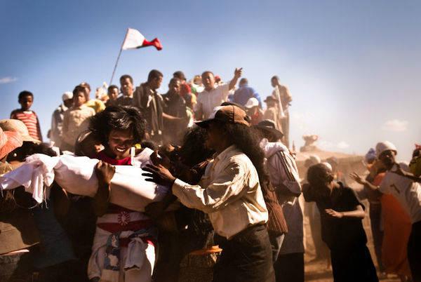 Famadidihana Madagascan dead celebration bones