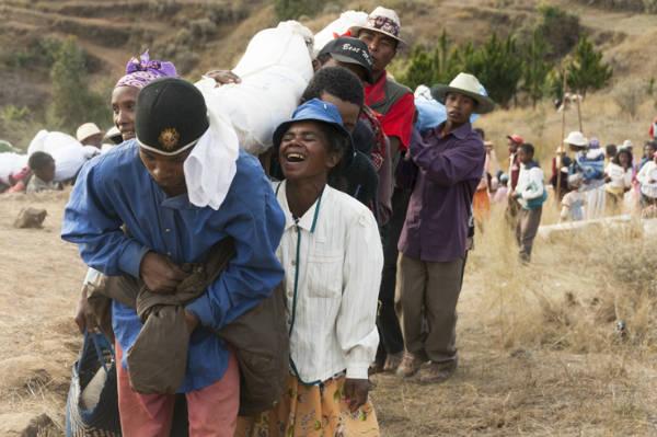 Famadidihana Madagascan dead celebration laughing