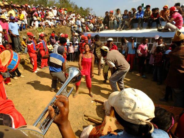 Famadidihana Madagascan dead celebration tradition