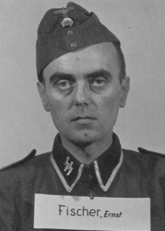 Los guardias de Auschwitz:  retratos de quienes protegieron la atrocidad 4