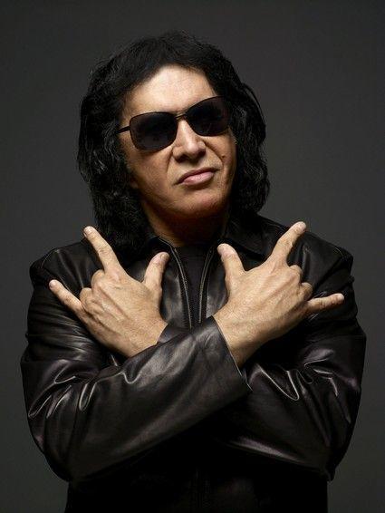 Gene Simmons:  el demonio con la lengua más grande y sucia del rock 4