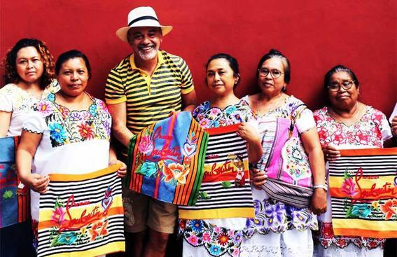 louboutin artesanas mayas christian