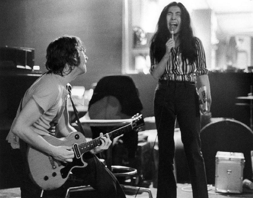 Las últimas cosas que hicieron John y Yoko antes de que él muriera 6