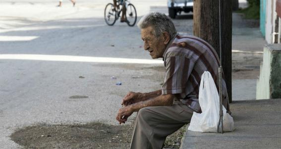 aumenta violencia contra adultos mayores 1