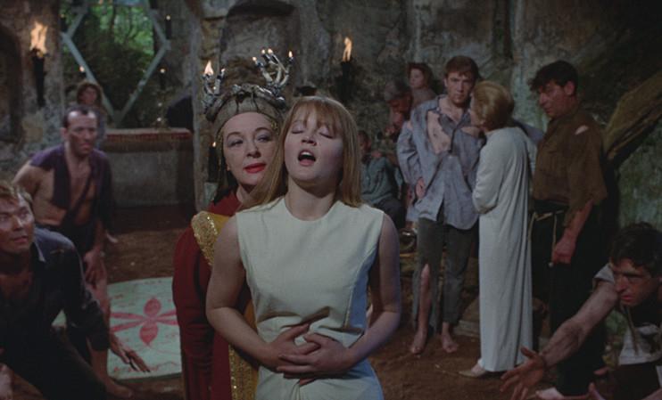9 películas con las que el diablo poseerá tu alma y son mejores que 'El Exorcista' 2