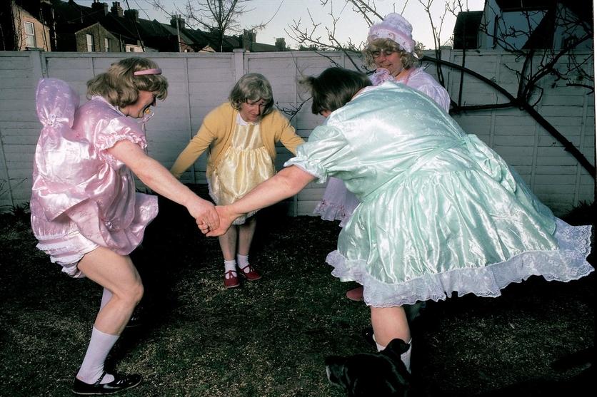 El perturbador club de los adultos que desean ser bebés 3