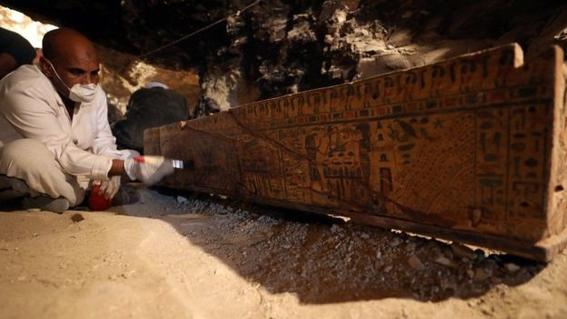 hallazgo en necropolis de egipto 3