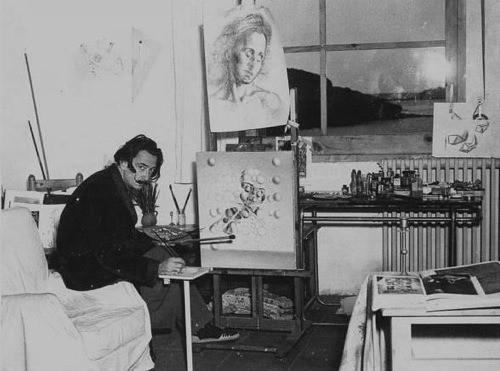 La tragedia de Nietzsche que convirtió a Dalí en un loco surrealista 3